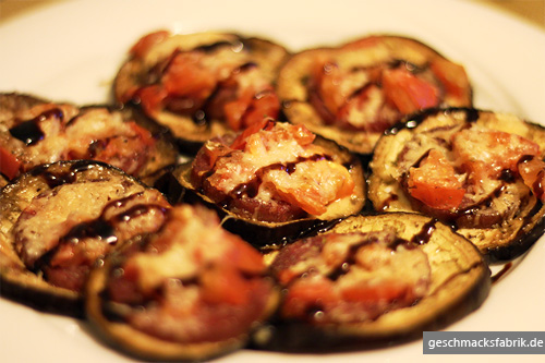 Pizza aus Auberginenscheiben