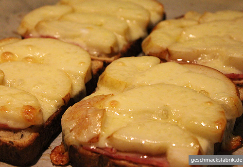 Toast Hawaii mit Birnen